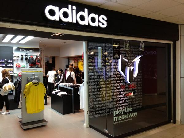 adidas outlet panama