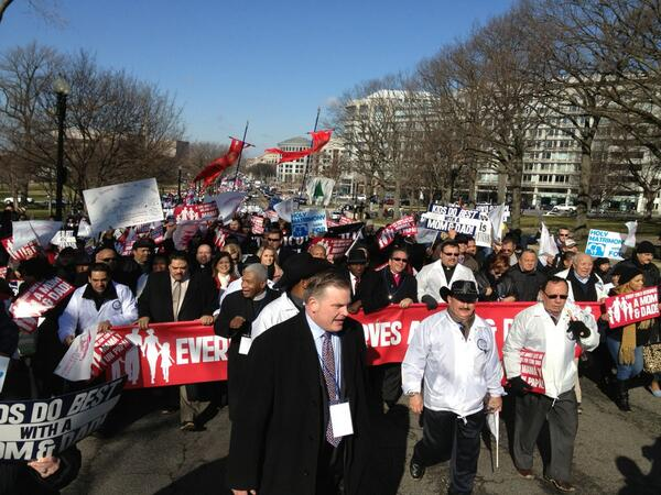 Brian Brown of National Organization for Marriage leads #marchformarriage @marriagemarch http://t.co/p4HInS3EIJ