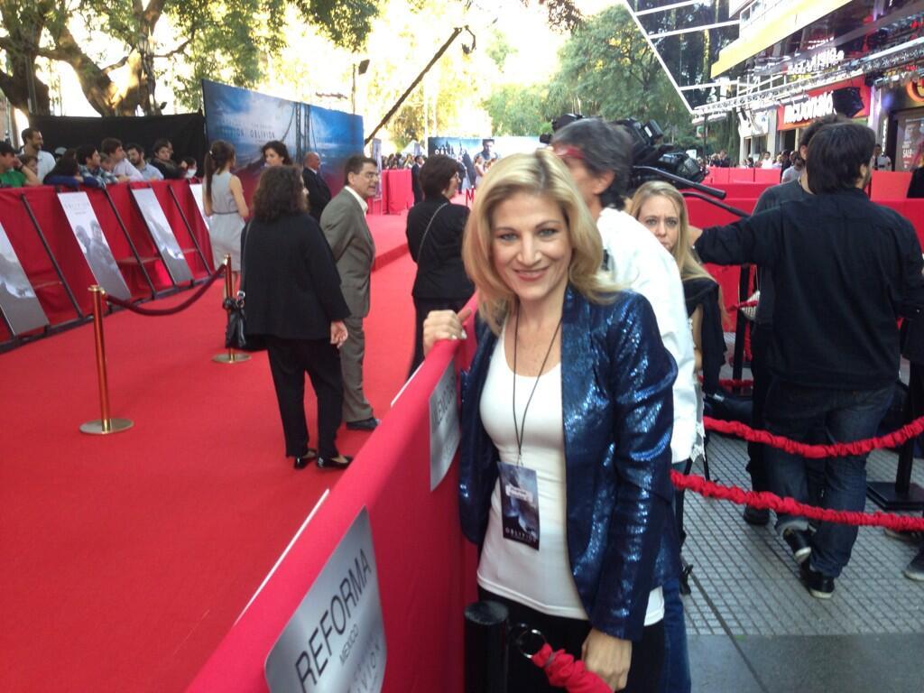 Twitter / SusanaMoscatel: Listos en la alfombra roja ...