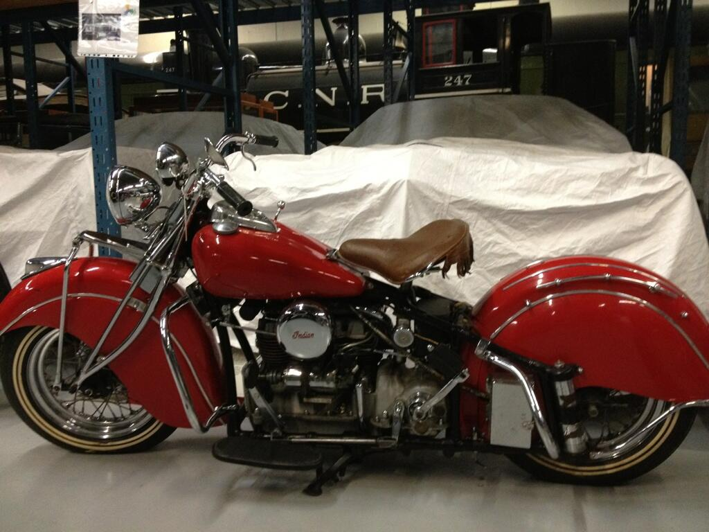 Twitter / uReadMe: 4 cyl/4cyc/1264cc 1940 Indian ...