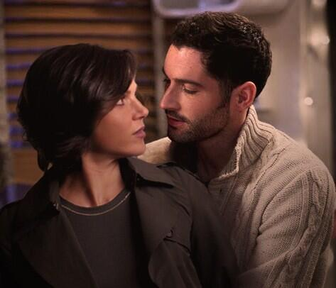 Le Outlaw Queen - Page 2 BGa0dLNCUAA_Vaw