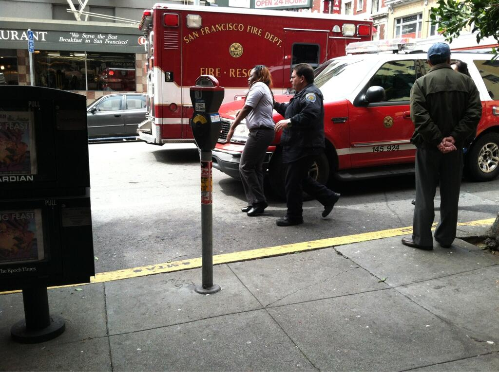 Twitter / dinaleeboyer: Yet another pedestrian hit ...