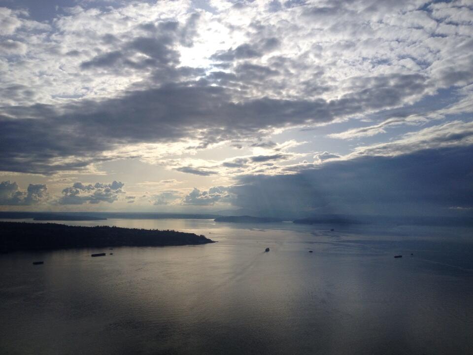 Twitter / vanessafox: Seattle sun http://t.co/Z2b33HAJyy