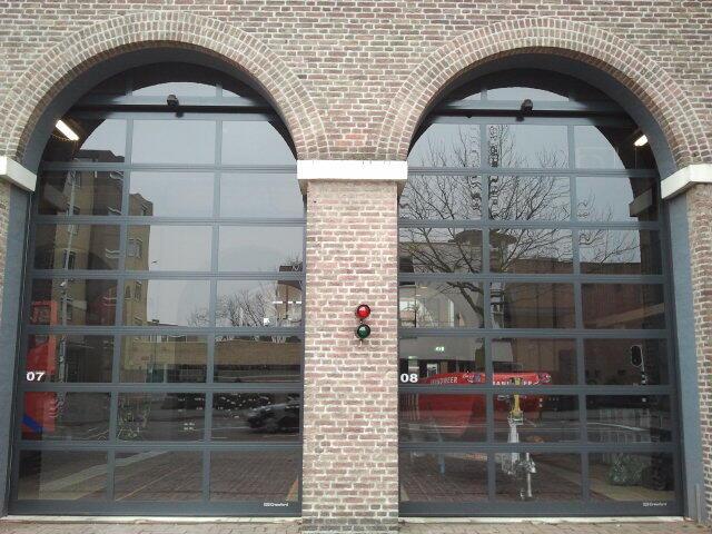 Twitter / ArnovanderLinde: Duikteam brandweer #Eindhoven ...
