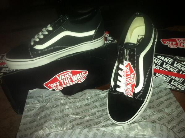 Buy all black vans old skool size 5 e4dcf9f7d