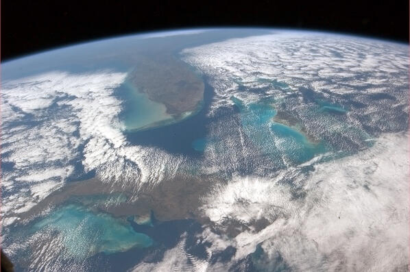 Chris hadfield on twitter cuba the bahamas florida for Space station florida