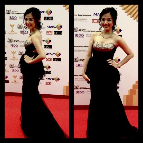 Franda On Twitter Wearing Nice Black Dress From Benten For Panasonic Gobel Awards Tonite Co Biogzwpwig
