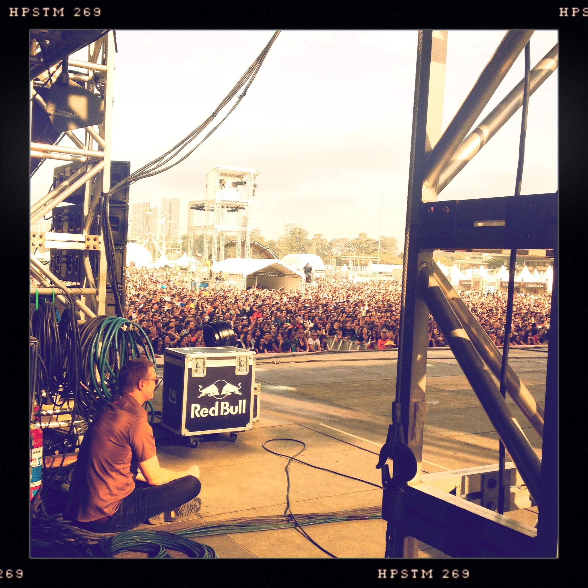 Lollapalooza Brasil 2013 streaming [PEARL JAM, THE BLACK KEYS, QOTSA, A PERFECT CIRCLE, ...] BGoZZuECUAAu8sT