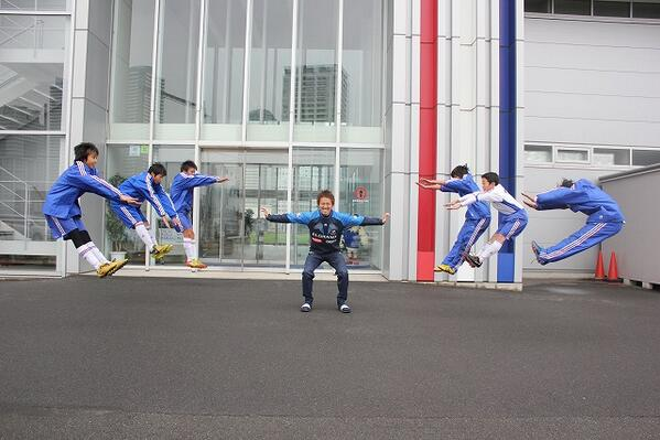 In Pictures: Two Japanese footballers reveal their energy attack superpowers on Twitter