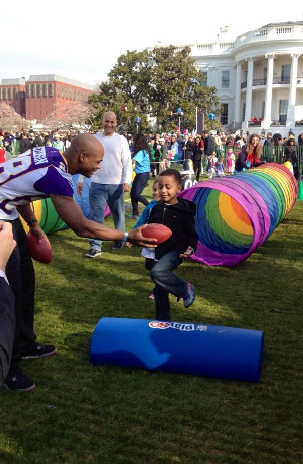 "So much fun! ""@darcyonichols: @AdrianPeterson at the White House #EasterEggRoll with @FUTP60 pic.twitter.com/9JDZgBreEM"""