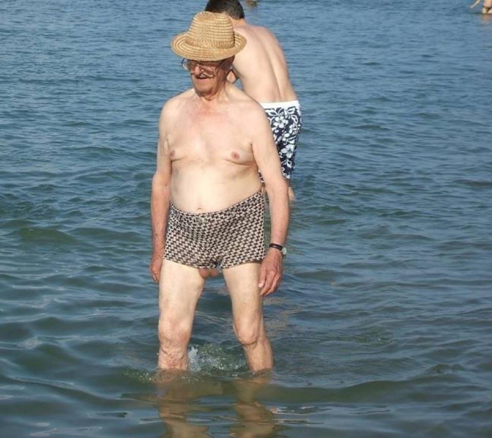 Twitter / Chente139: Mi abuelo es un desmadre. Aqui ...