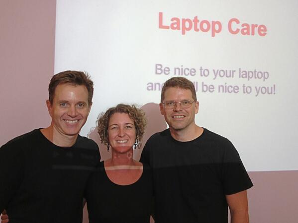 Our Jobsian #sasedu social studies teachers rocking the Laptop Care session of BootCamp pic.twitter.com/eR2UdumVzh