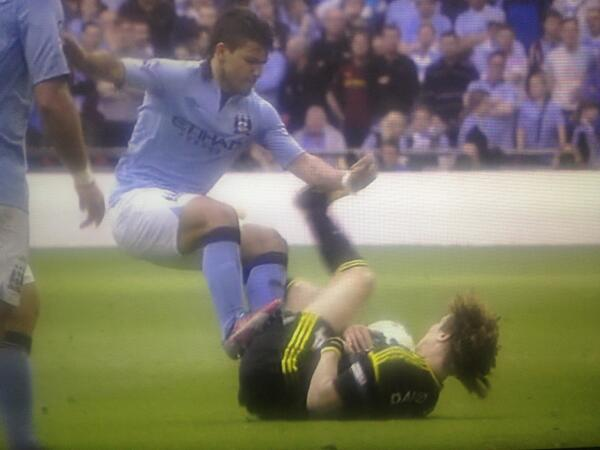 Sergio Agueros two footed butt stamp on David Luiz: How did Kun get away with this!