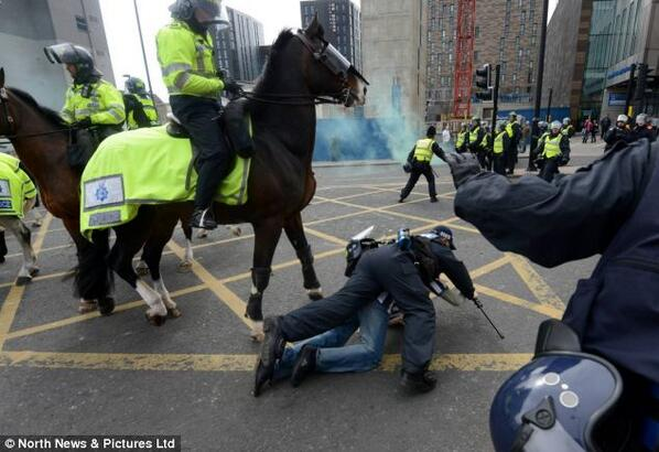 Newcastle fan fights police horse post Sunderland defeat (Pictures & video)