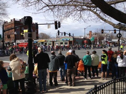 Crowds growing in downtown #natick pic.twitter.com/HsOWQ5o4by