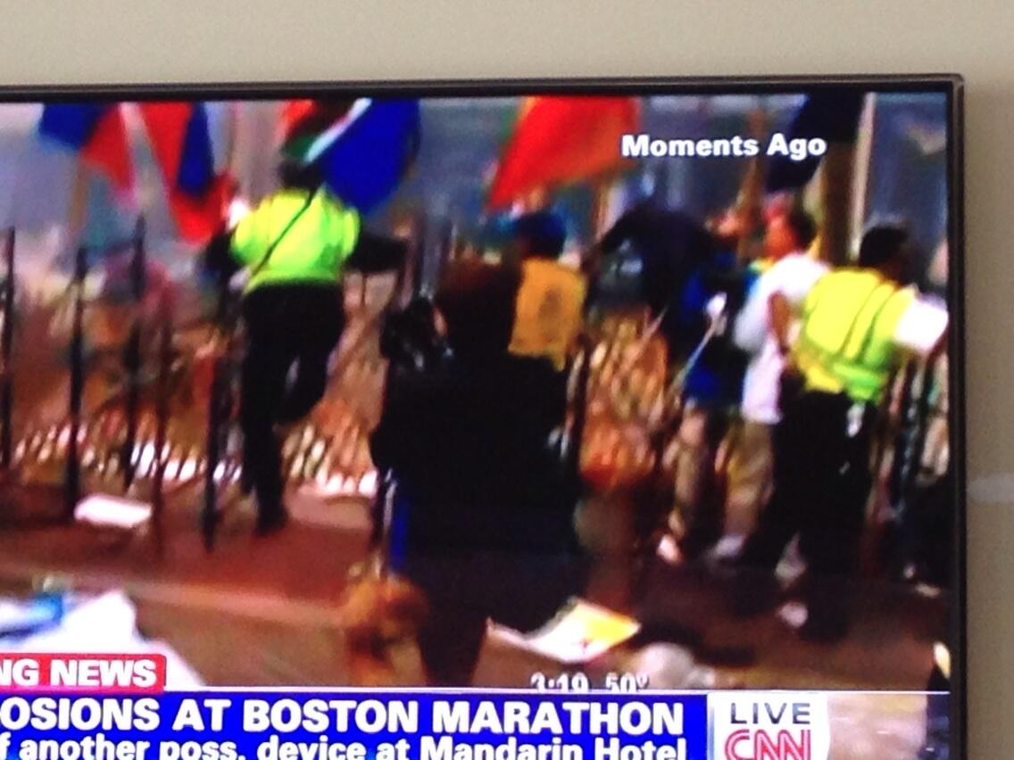 Twitter / dannysullivan: CNN has chilling video of ...