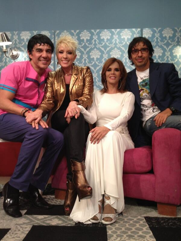 Лусия Мендес/Lucia Mendez 4 - Страница 30 BH8PlFWCUAArmeo