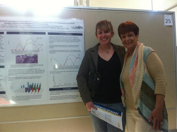 Proud mom Jan Antaki at #UCDavisIGPS to see PhDer Elizabeth present E coli research. pic.twitter.com/XBjVrnvgt7