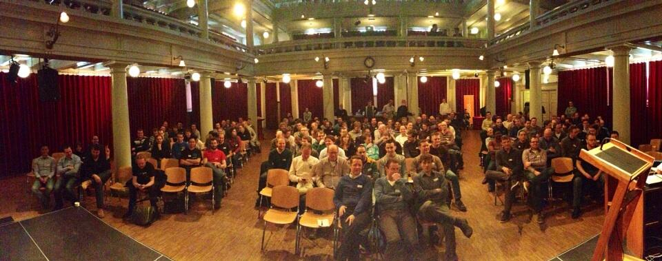 Twitter / virtualswede: Holy crap that's a lot of people! ...