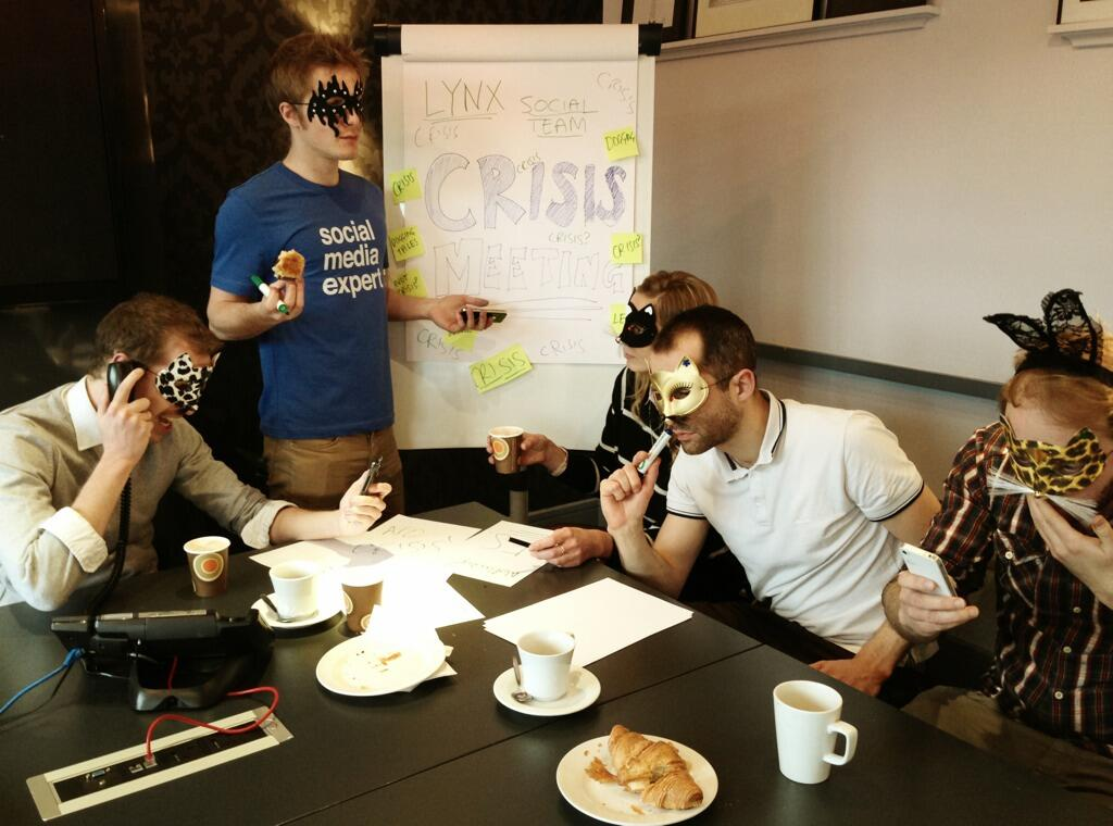 Twitter / lynxeffect: 'Crisis meetings' all morning ...