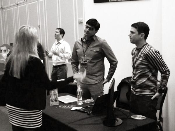 Working the crowd! @legcyte @fortifyvc #dctech #fortifyventures #cupidscup pic.twitter.com/kEldSKxFMQ