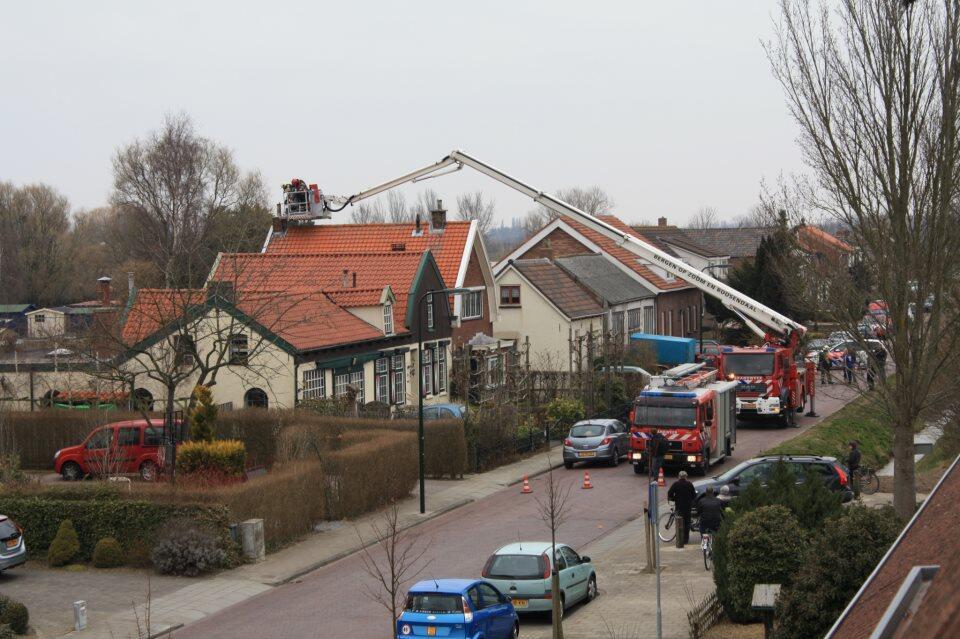 Twitter / omroeptholen: Foto schoorsteenbrand ...