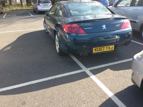 KU07 TVJ displaying Selfish Parking
