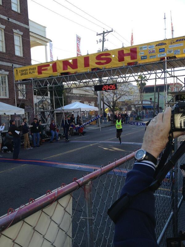 Winner! @crprbridgerun #bridgerun #chs pic.twitter.com/WtDGCfXdOz