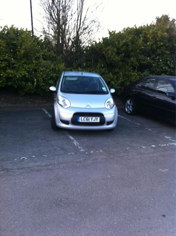 LC61 YJY  is a crap parker