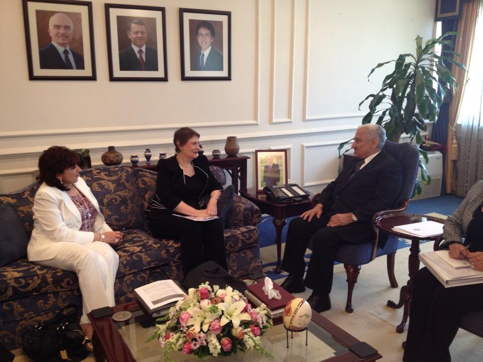 Twitter / UNDPLive: PHOTO: @HelenClarkUNDP meets ...