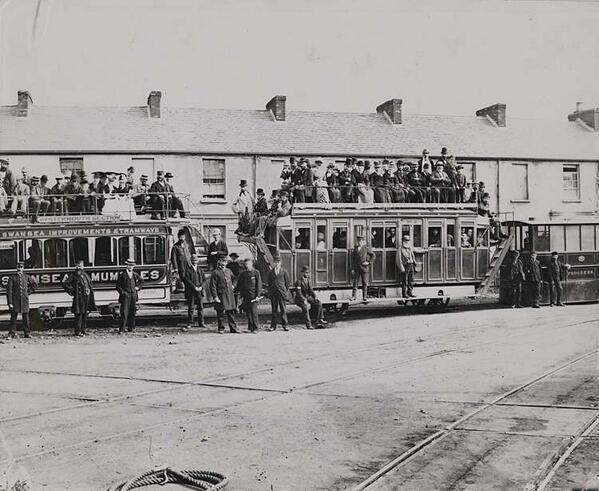 BHVKBTzCAAANKGu - By Rail to the Mumbles