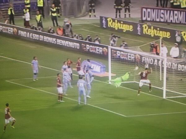 Another crazy miss from Serie A: Erik Lamela (Roma) v Lazio