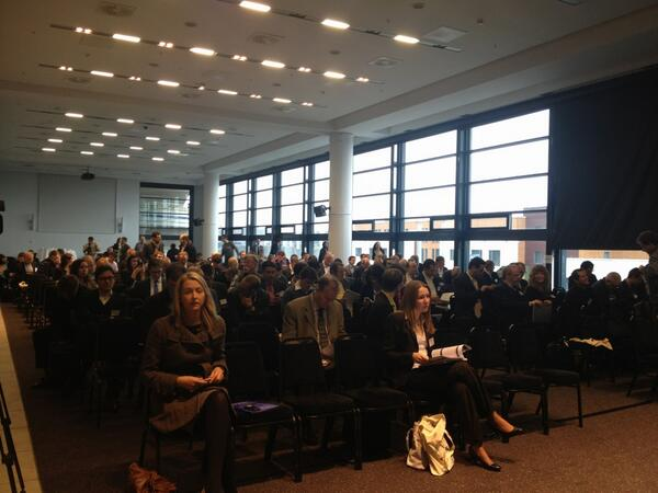 and the room is filling up quickly #EDF_13 http://pic.twitter.com/kJOpH3c0fg