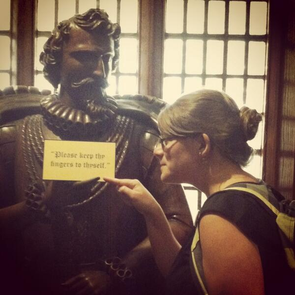 I will not keep my fingers to myself, Sir Walter Raleigh! In my fave @NCCollection #UNCSnapIt http://pic.twitter.com/w1GckEJwfb