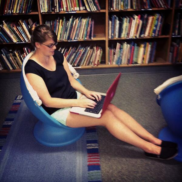 My fave study spot: in the spinny chairs in the children's nook in @uncsils library. No joke. #UNCSnapIt http://pic.twitter.com/z5pHKGRpMv