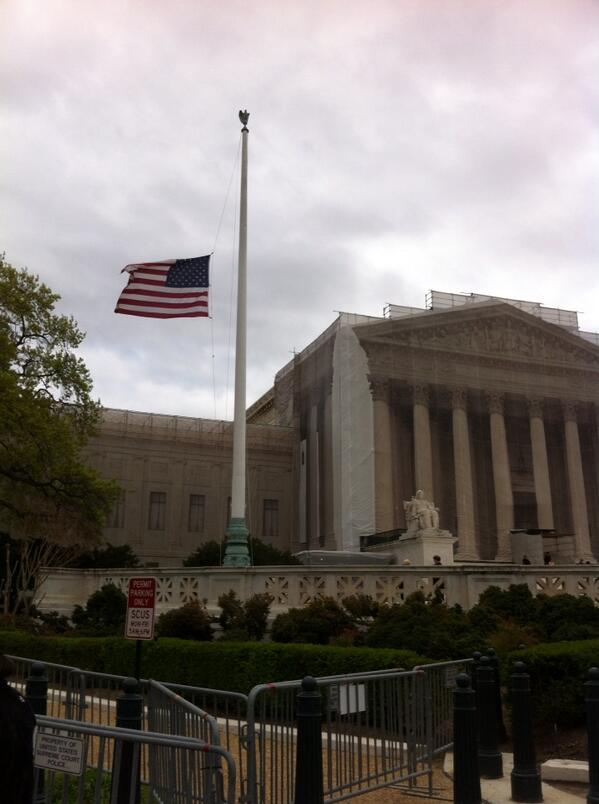 Honoring Boston: Flags at half staff as #SCOTUS grieves for victims of Marathon attack. http://pic.twitter.com/kfirxcRQ2X