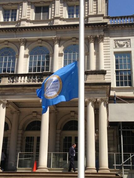 We have lowered the NYC flag from in front of NYC Hall and have raised the Boston flag to half staff in its stead. http://pic.twitter.com/L63cx0xJBE