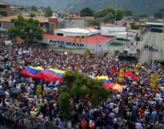 El pais en la calle, en Paz y pidiendo Justicia. Conteo Voto a Voto. Asi esta Merida. pic.twitter.com/7B3TxJ6GiS
