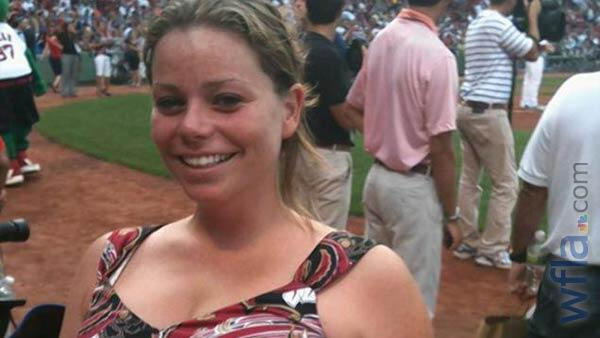 Second victim identified in #Bostonmarathon #bombings.  wfla.com/story/21989646… pic.twitter.com/uuKgI2gklk