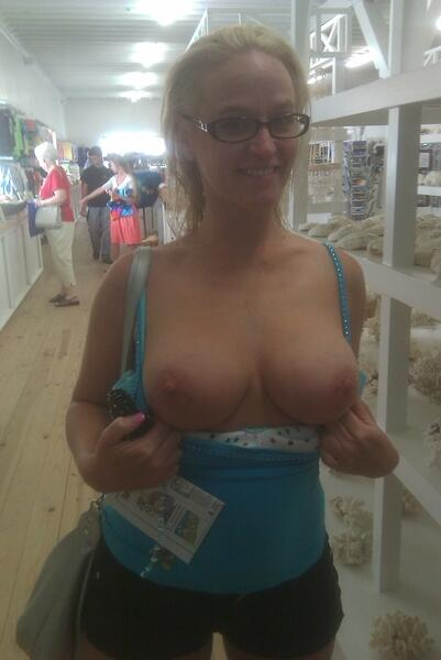 Sexy glasses milf flash boobs