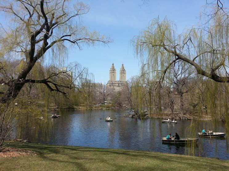 Twitter / My_Cen_ParkNYC: Rowboaters in #CentralPark, ...