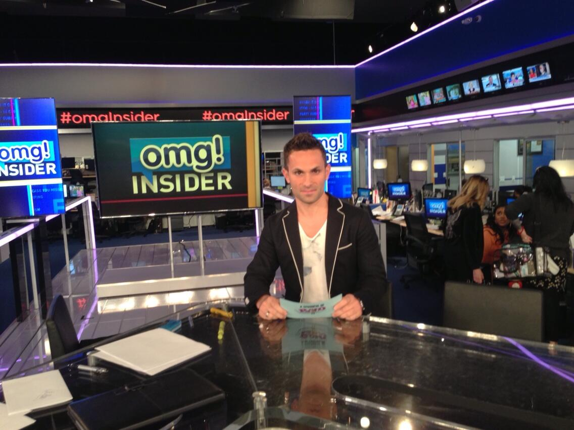 Twitter / BryanMMoore: Look who is here @omgInsider ...