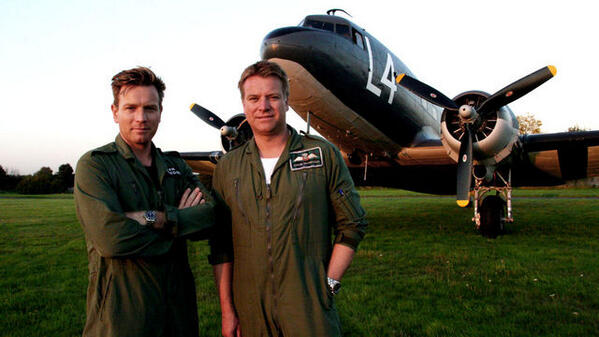 FILE UNDER: #BADASS  Colin McGregor Ret. RAF Tornado Pilot    & #TopGun  Brother of Ewan McGregor  Call Sign: Obi-Two pic.twitter.com/KFySEWjxwR