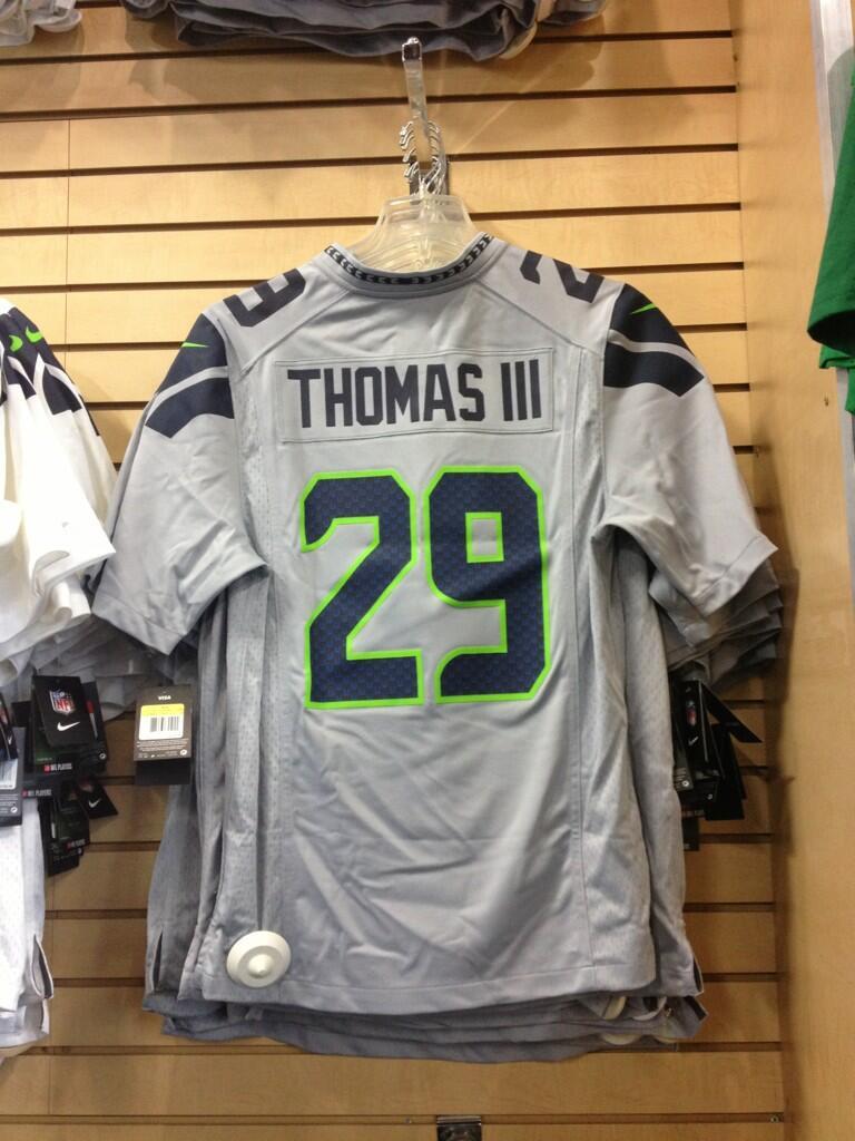 earl thomas grey jersey