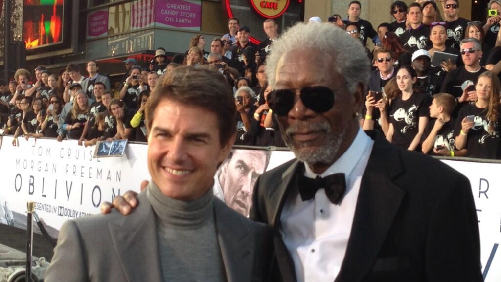 Twitter / OblivionMovie: . @TomCruise & Morgan Freeman ...