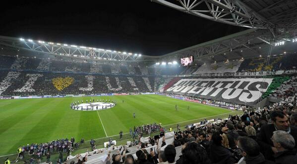 """Juventus in corsa per il """"triplete"""", tifosi alla ricerca dei bliglietti"""
