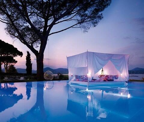 "Outdoor Floating Bed ㅤㅤㅤ on twitter: ""outdoor floating bed: http://t.co/d97vhnxdxg"""