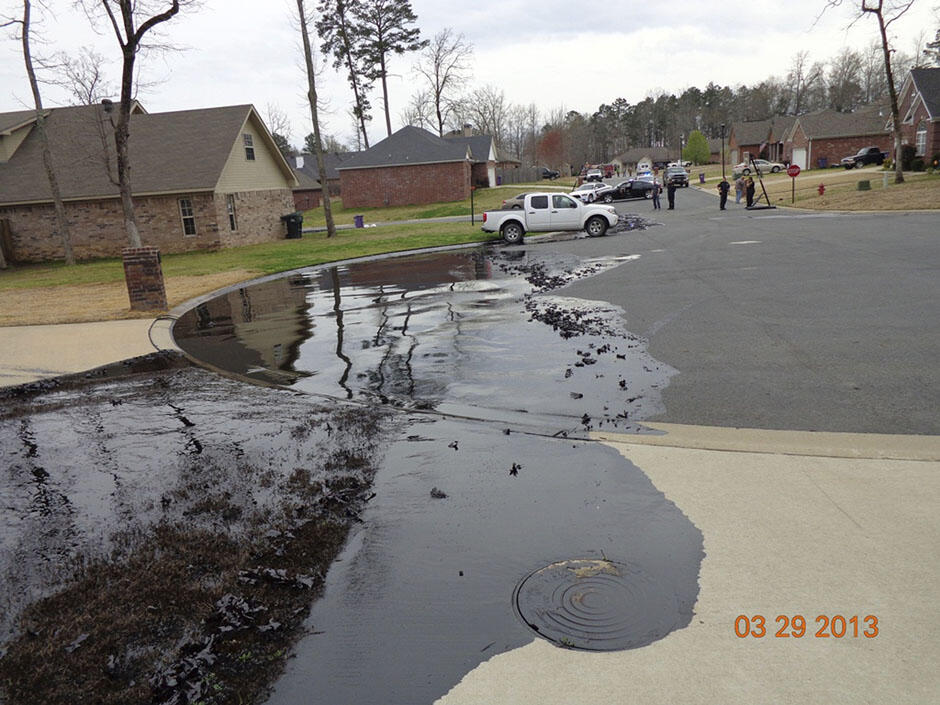 Twitter / Reuters: Photo: Spilt oil from Exxon ...