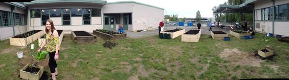 The #iHubGarden is done for the day! Thank you @GreenInquiry for an amazing day! #sd43 #coquitlam pic.twitter.com/bKfsbD10DH