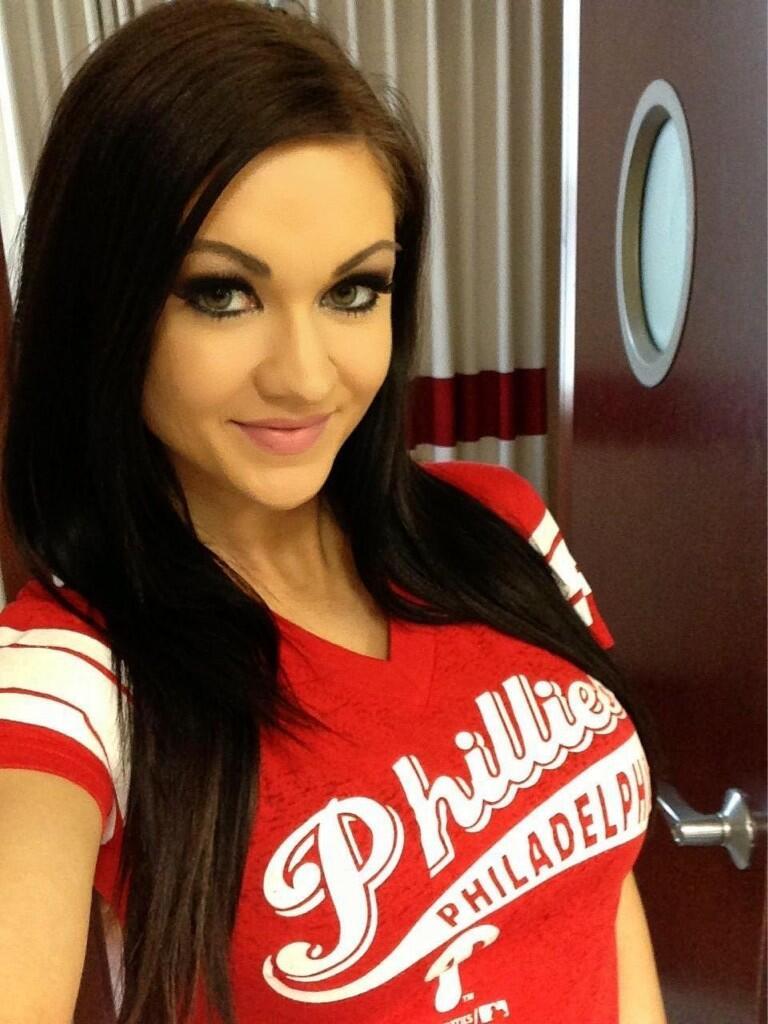 Ashley Youdan on Twitter: Rockin @Phillies gear! #